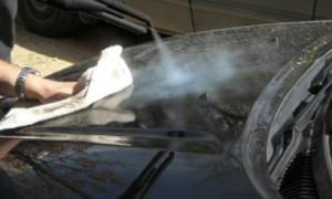 lavaggio auto a vapore